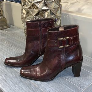 Vía Spiga Leather Heeled Booties in Brown Size 5.5